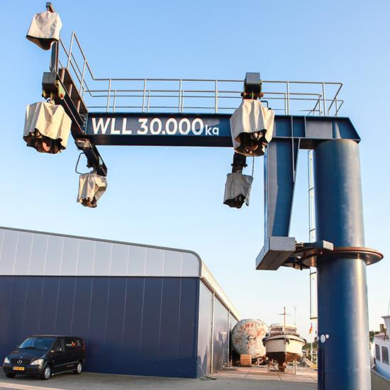 botenlift 30 ton Steenwijk